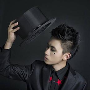 人气帅气偶像魔术师